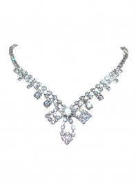 Marie-Antoinette necklace